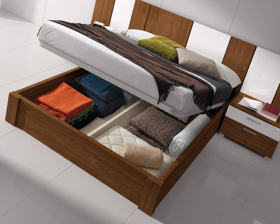 Una cama con canap para optimizar el espacio for Dormitorio matrimonio cama canape