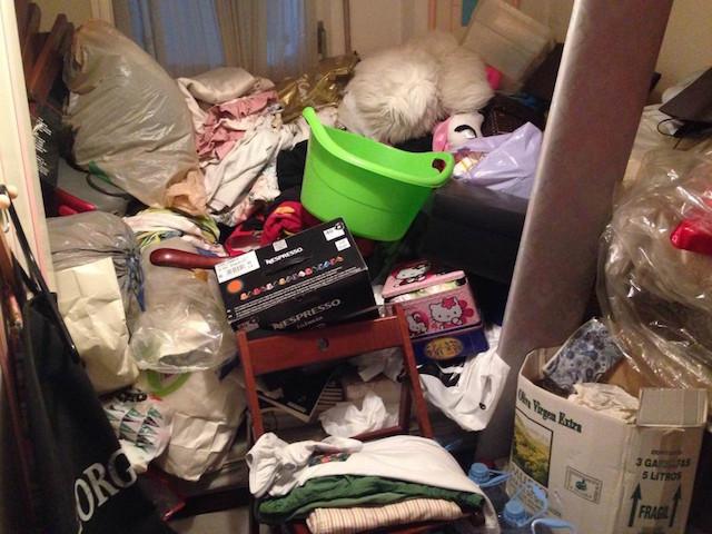 tengo la habitación hecha un desastre